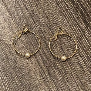 Jewelry - Gold Hoops with Pearl